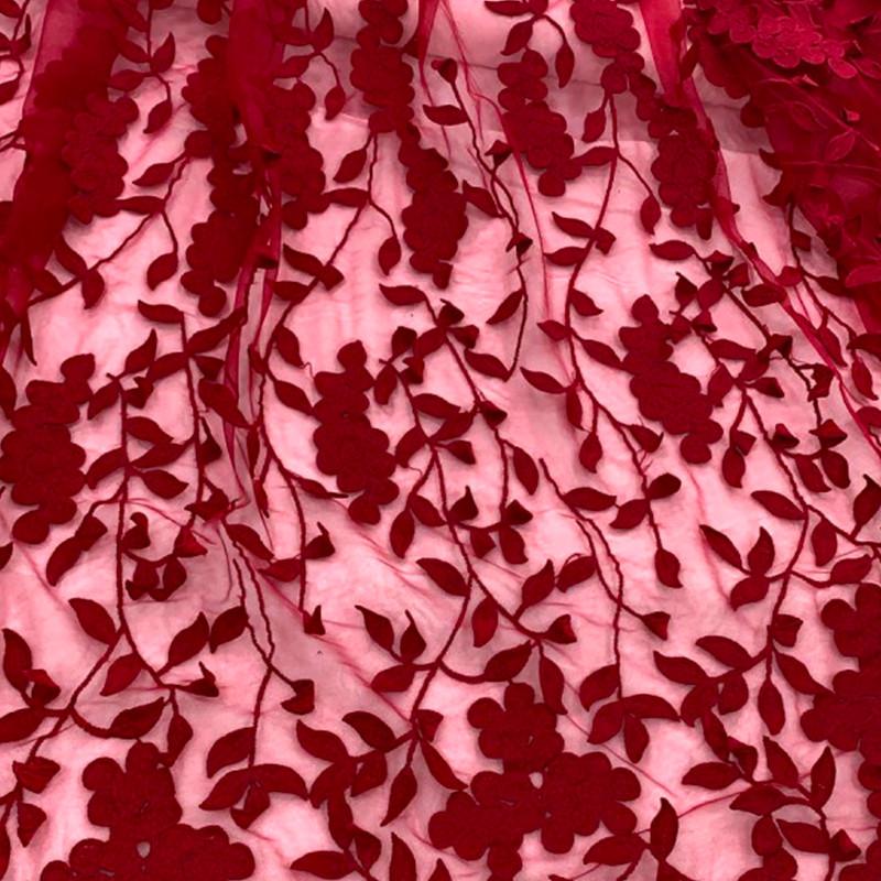 Tessuto Tulle ricamato con fiori Rosso