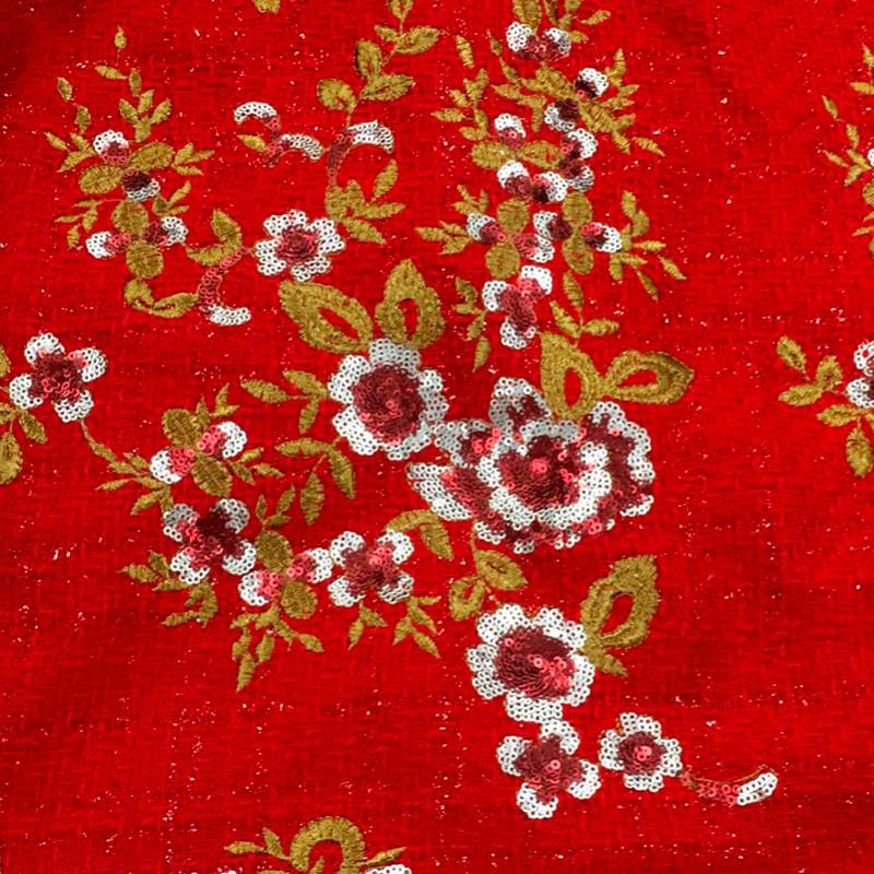 Tessuto al metro tipo Chanel ricamato con paillettes rosso